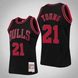 Bulls Thaddeus Young & 21 Black Ring-Sammlung Swingman Mitchell & Ness Jersey