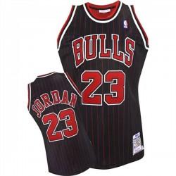 Michael Jordan Chicago Bulls & 23 1995-1996 Schwarz Throwback Jersey