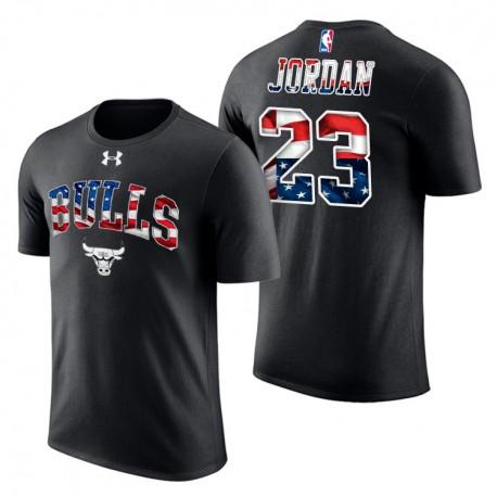 Herren Michael Jordan Chicago Bulls & 23 Independence Day Banner Welle Stars & Stripes schwarze T-Shirt