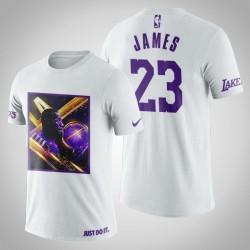 Los Angeles Lakers LeBron James # 23 Weiß Art Stadt der Engel-Druck-T-Shirt
