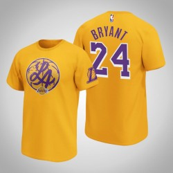 Lakers Kobe Bryant & 24 Iconic Heimatstadt Graphic T-Shirt Gold-