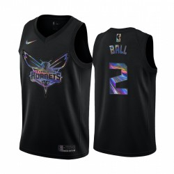 Charlotte Hornets Lamelo Ball & 2 Trikot irisierende holographische Schwarz Limited Edition